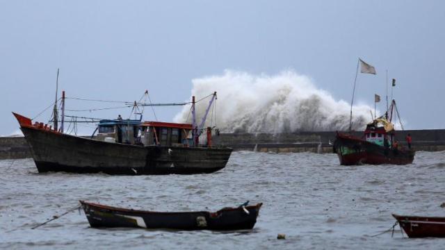cyclone vayu
