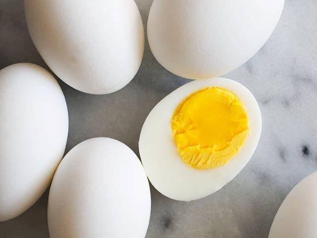 hard boilded eggs